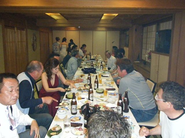 高知釣吉クラブ2010年度反省会の様子(1)