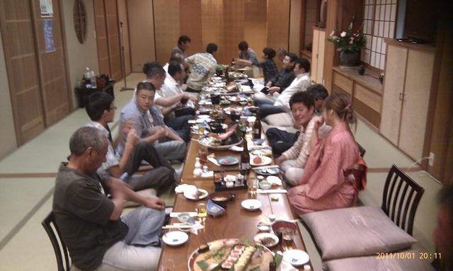 高知釣吉クラブ2012年度反省会の様子(1)